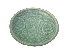 画像1: セラドン焼き お皿 丸型 花柄